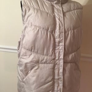 VEST SIZE XL WOMEN IN GOOD CONDITION